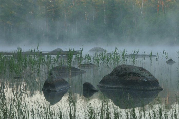 mysterious-lake-1389939
